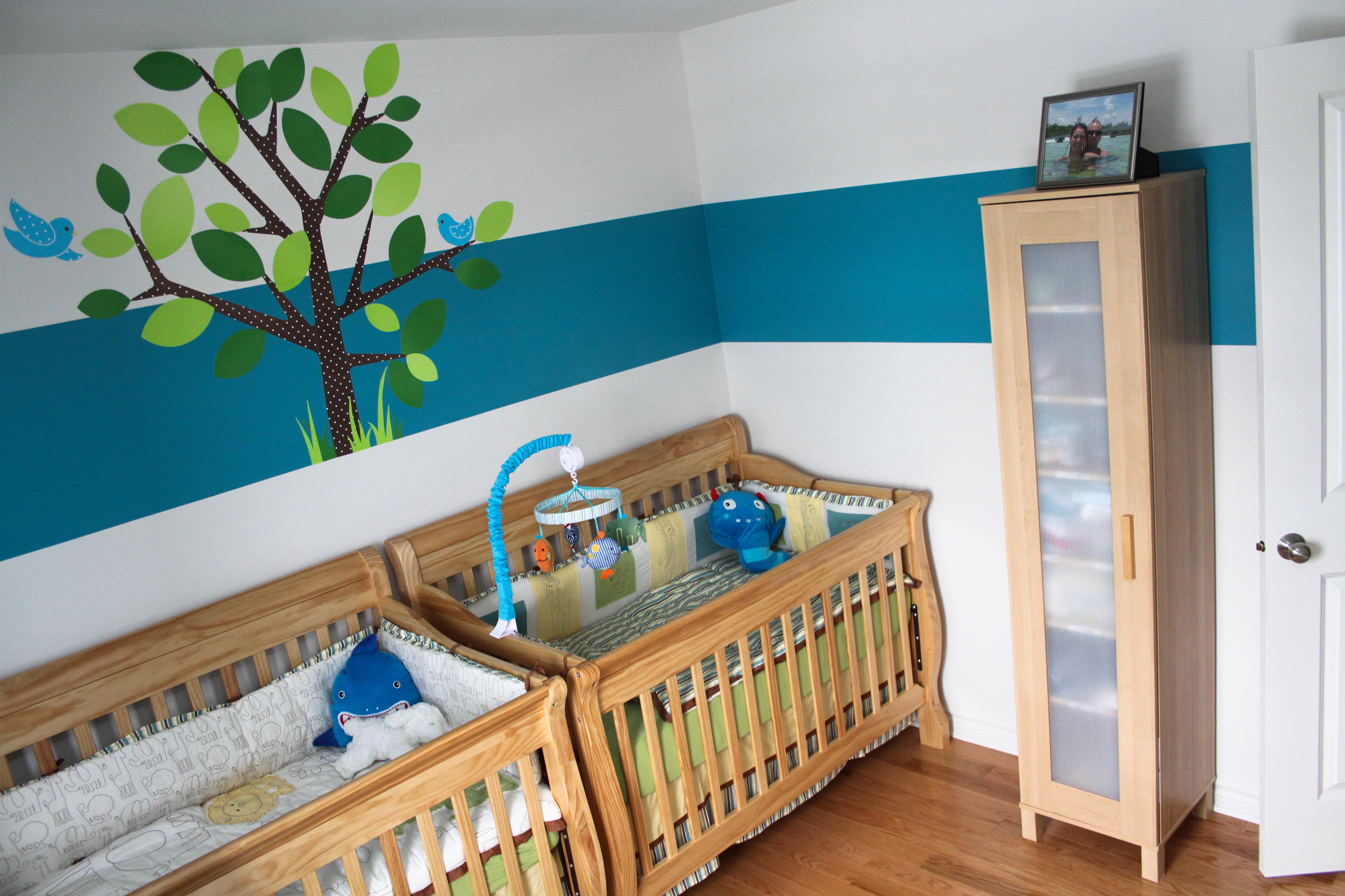 La fameuse liste d items de base pour l arriv e des b b s for Poubelle chambre bebe
